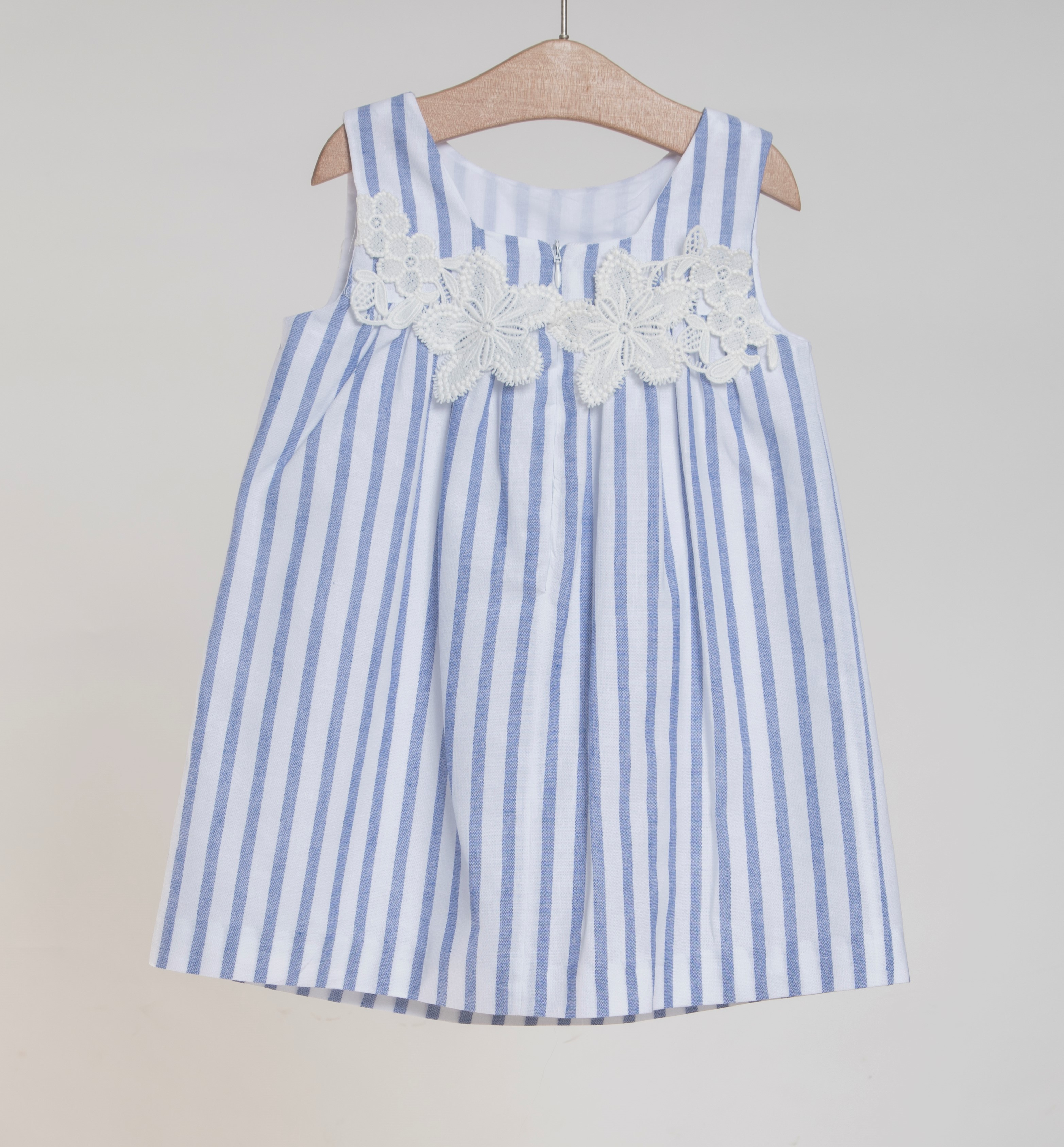 eb3694c7bfc4 FINA EJERIQUE GIRLS WHITE   DUSTY BLUE STRIPED FLORAL DRESS REF ...